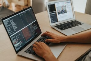 6 Reasons Why Custom Software Development is Important for Business Operations | Laneways.Agency