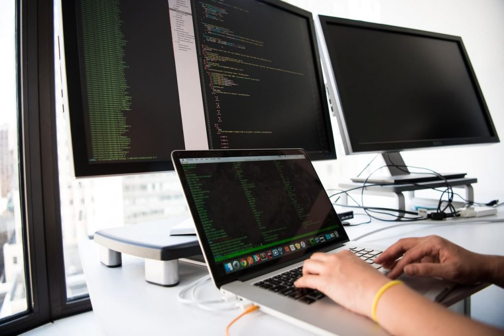Best Practices for Custom Software Installation What Is a Custom Software Installation | Laneways.Agency